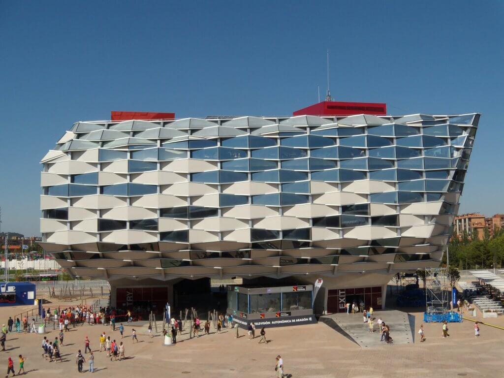 Pabellón de Aragón en Zaragoza estructura terminada