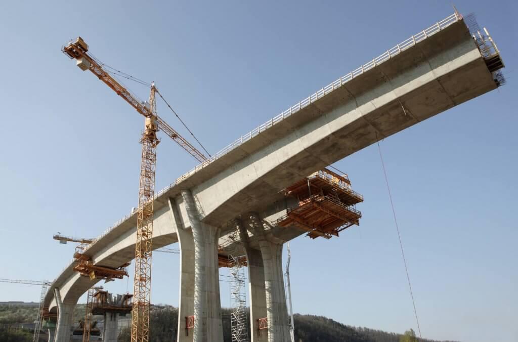 puente en construccion hormigon postensado (1)